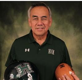 Former Hawai'i head coach Norman Chow (Hawai'i Reporter)