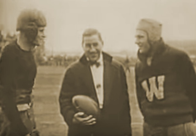 Kickoff of 1916 Rose Bowl